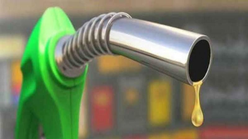 शिक्षक दिवस पर गिरे पेट्रोल-डीजल के दाम, जानिए क्या है आज भाव
