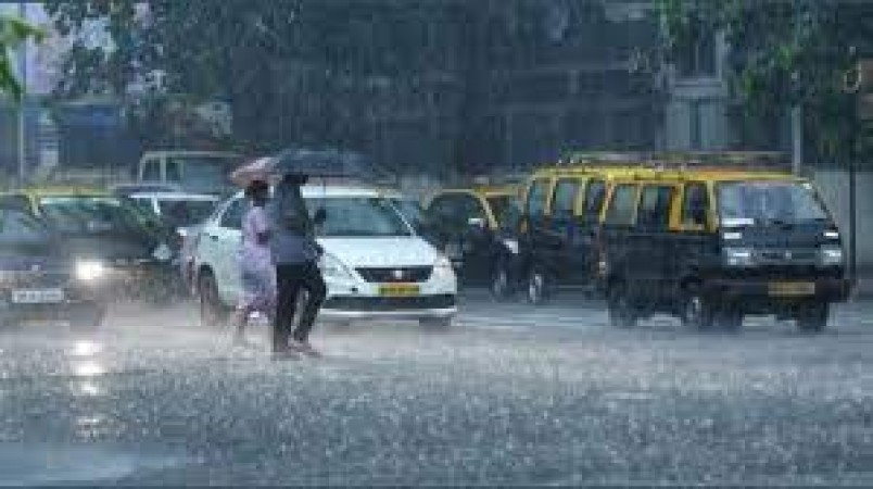 IMD forecast: Thunderstorms, moderate rain likely in Delhi