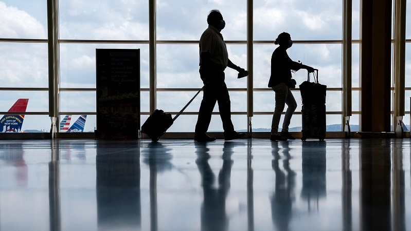 U.S still to maintain travel curbs due to Delta variant due to the surging cases of Delta