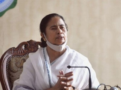 Mamata govt launches student credit card scheme, students will get Rs 10 lakh loan